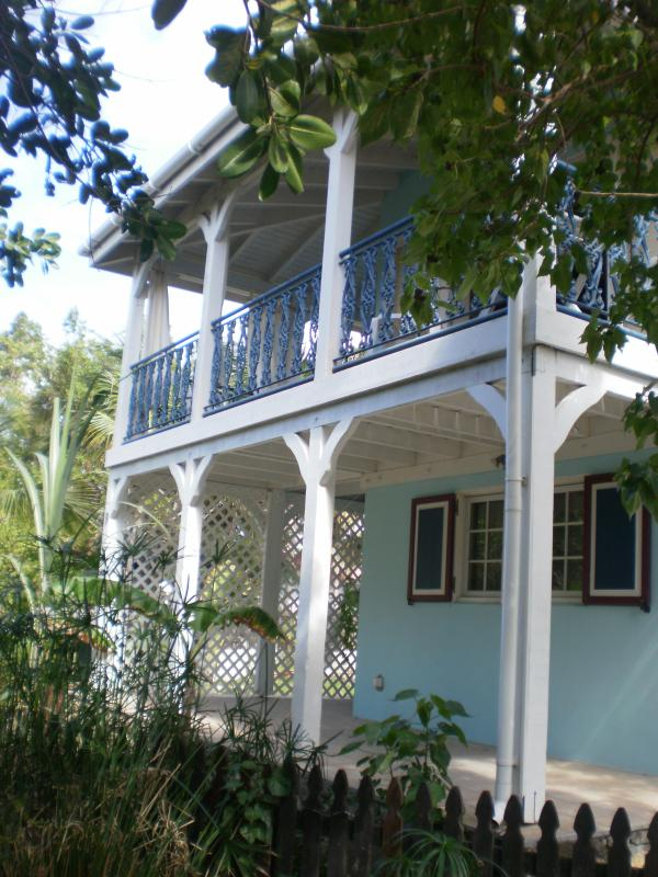 Cool Bay Villa