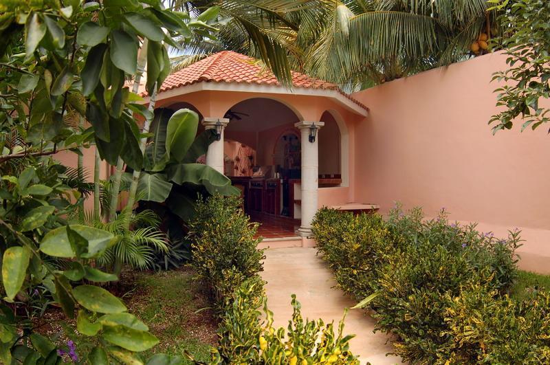 Jardín de Casa Feliz