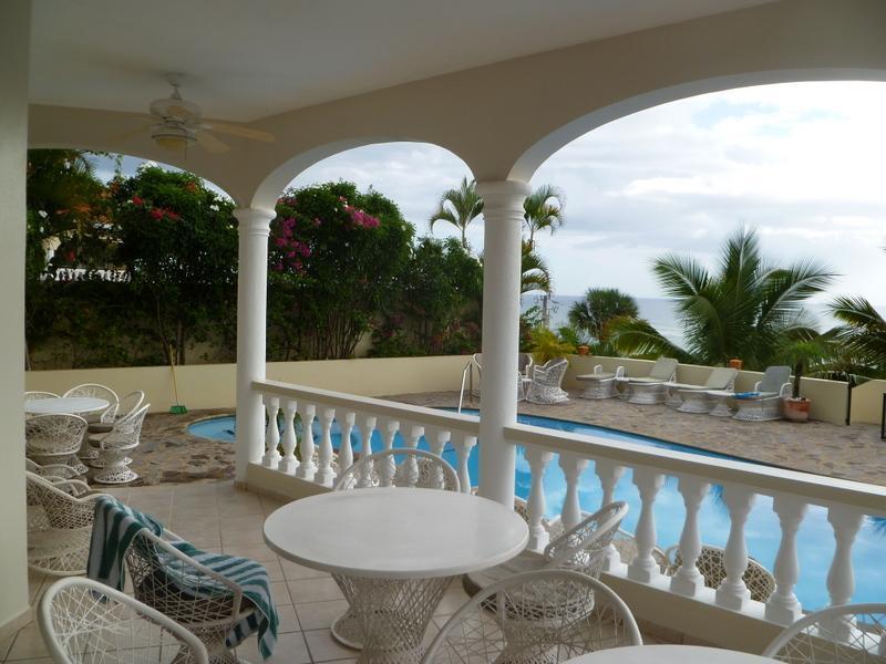 Porch poolside