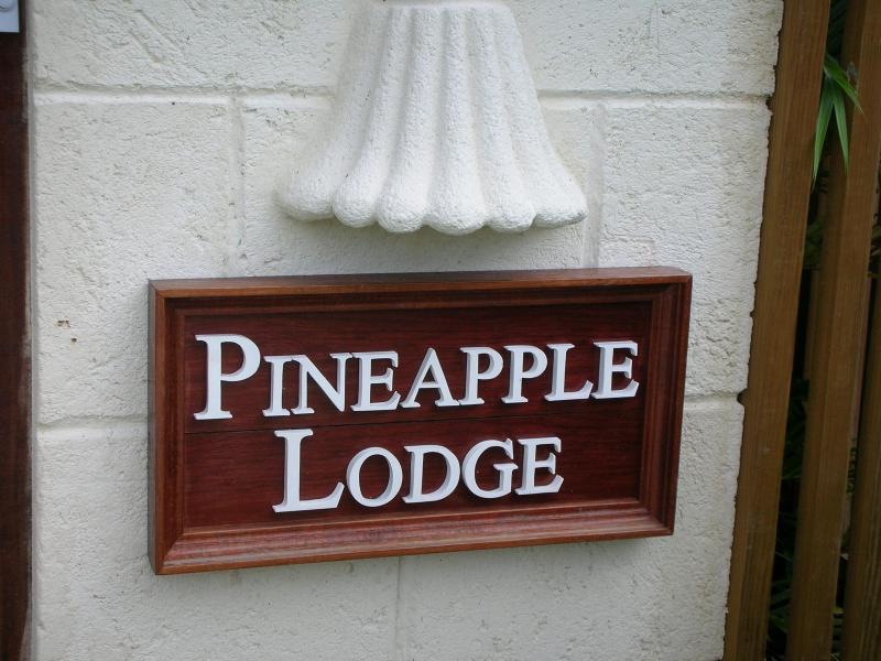 Welcome to Pineapple Lodge