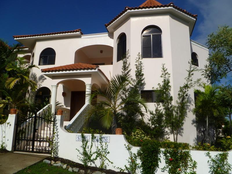 Villa Simply Paradise, Luxury Fully Staffed Villa, vacation rental in Puerto Plata
