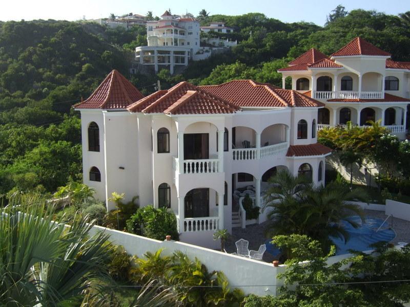 Vista posterior del Villa