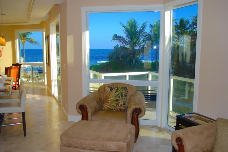 Spectacular Open Living Area w/Ocean Views...