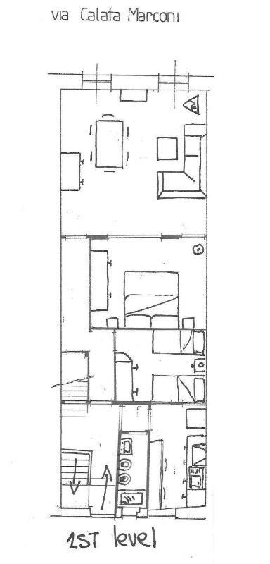 1st floor: entrance, living room with view on the harbor, 2 bedrooms, bathroom, kitchen.