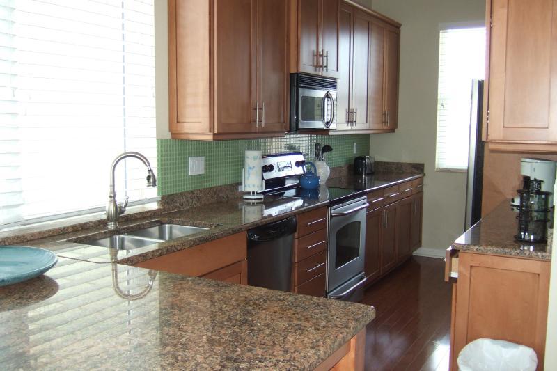 Granit Zähler Holz Küchenschränke