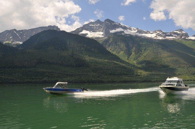 Boat Kinbasket lake