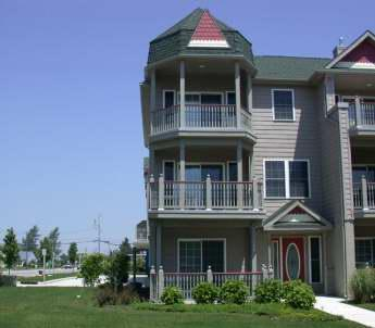Large Condo with Pool 'The Sandy Clam' 105315, holiday rental in Cape May