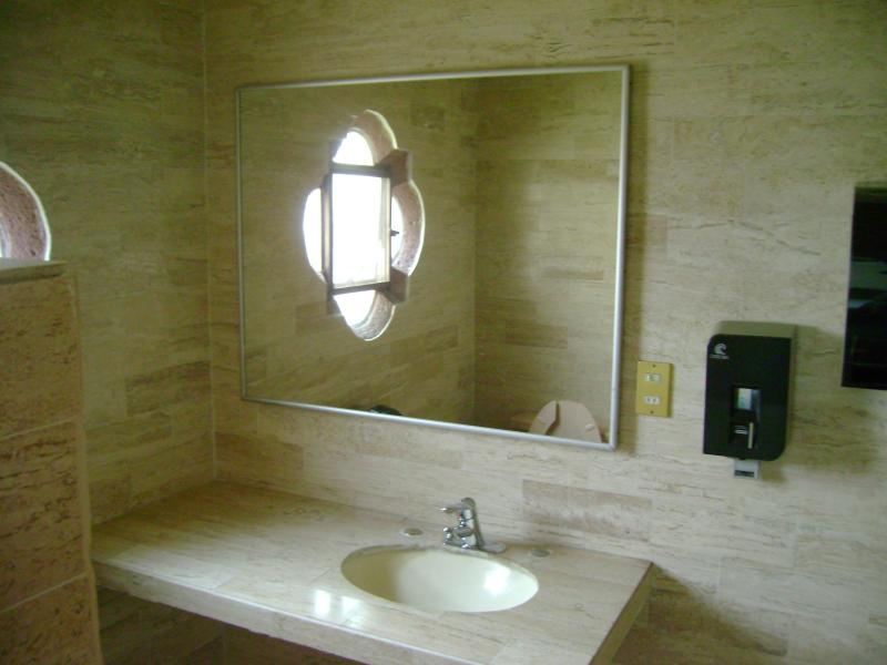 All Bedrooms with bathroom inside