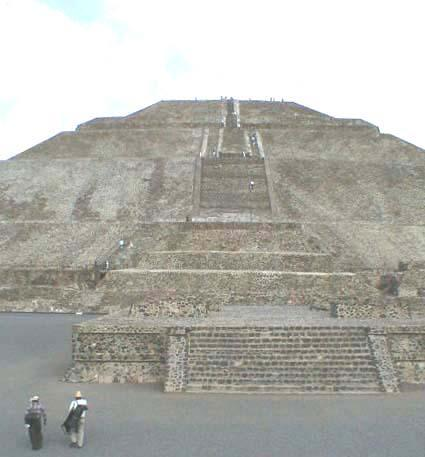 Cultural Excursions to Teotihuacan or other turistic Towns such as Taxco (silver city), Mexico city downtown, Puebla (talavera ceramic and colonial churches), etc.