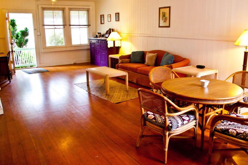Ohia Mauka Restored Plantation Home, vacation rental in Pahala