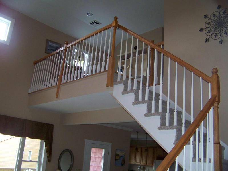 Carpeted Stairway to 2nd Floor Landing