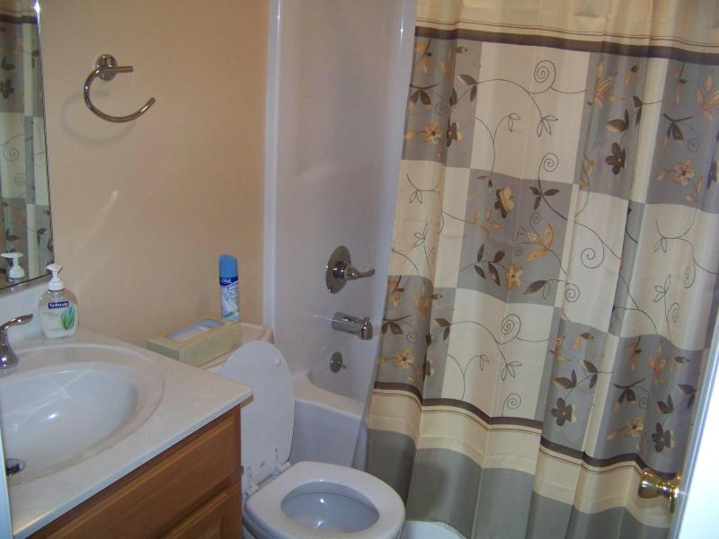 Second Floor Full Bath with Tub & Shower Combo