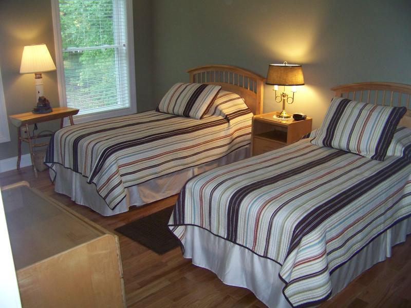 Second Floor Bedroom #4 - Two Twin Beds