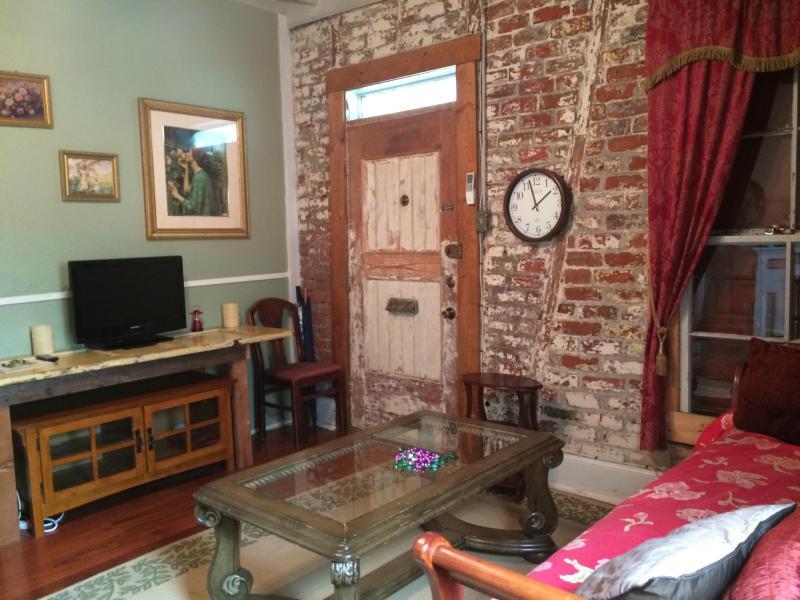 Voodoo living room