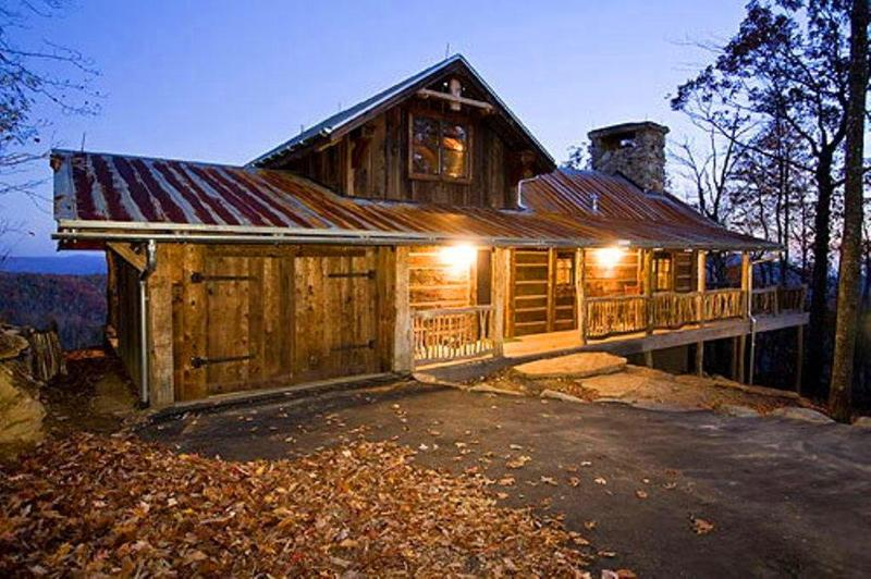 Sapphire heaven is a rustic cabin built from 200 year old timbers, located on a gated private estate