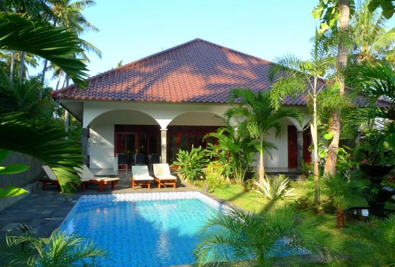 Villa Kelapa Lovina Bali, holiday rental in Buleleng District