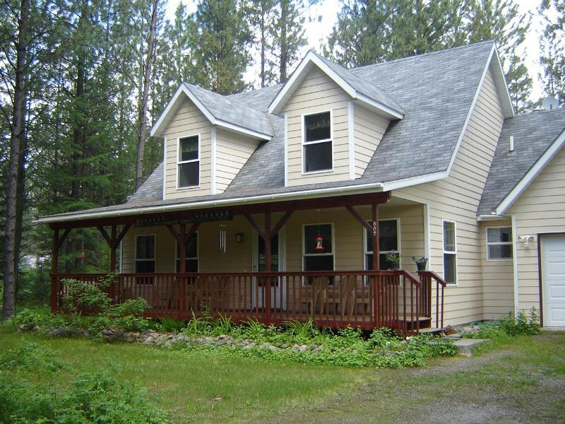 3 bedroom 2 bath house near Glacier Park