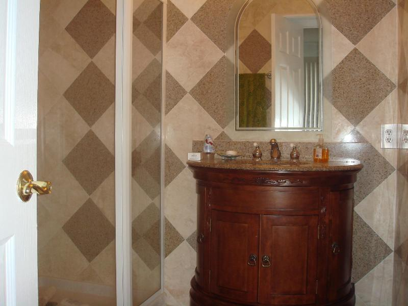 One of 2 full bathroom in the second floor