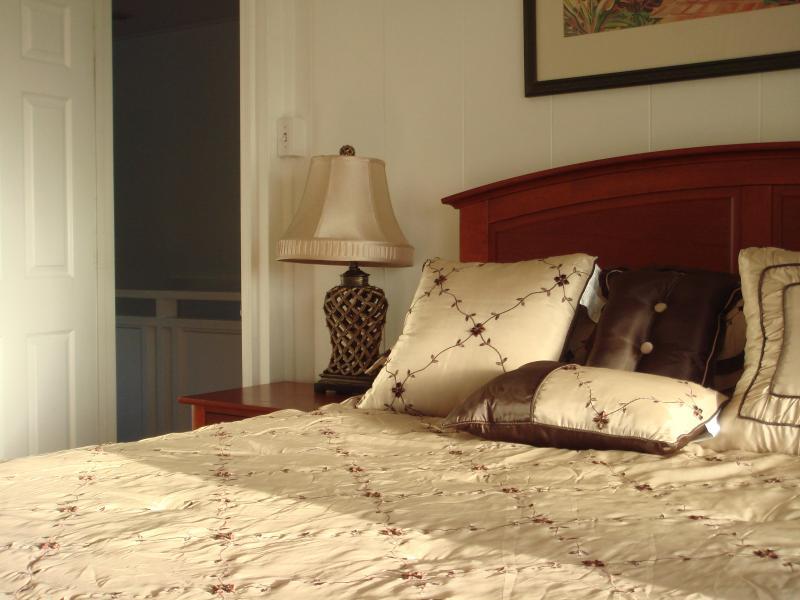 Fifth bedroom second floor with Queen bed.