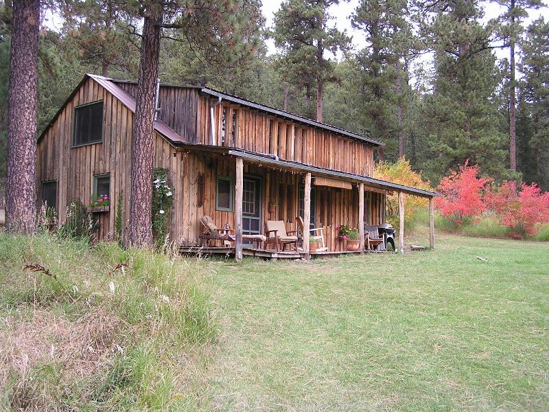 Autumn color under towering pines... Cabin at Green Mountain ... relax & enjoy
