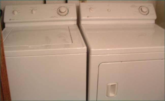 Washer Dryer (what listing would be complete without a beautiful picture like this one?)