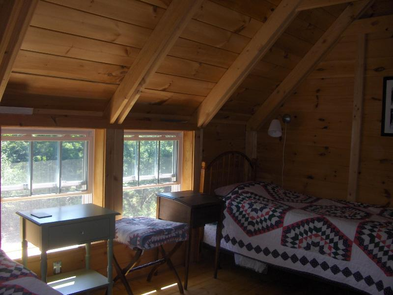 2 Signle beds in bedroom #2
