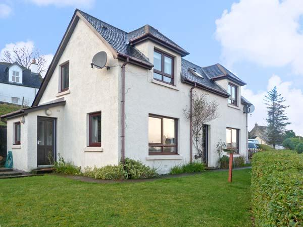 POOL HOUSE, family friendly, with a garden in Poolewe, Wester Ross, Ref 8506, holiday rental in Aultbea