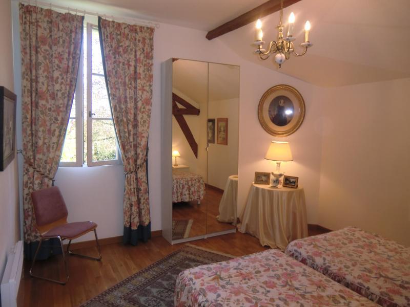 2nd floor same Third bedroom