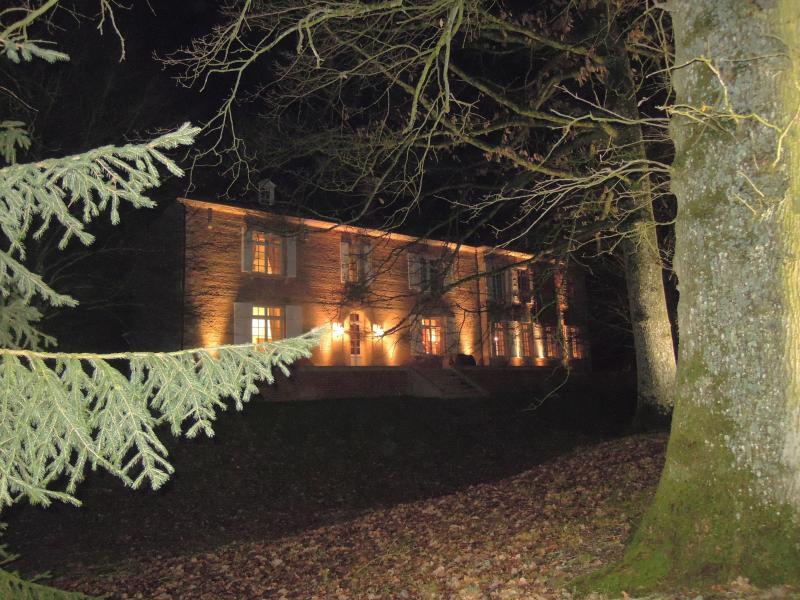 Chateau de Villers by night / backside