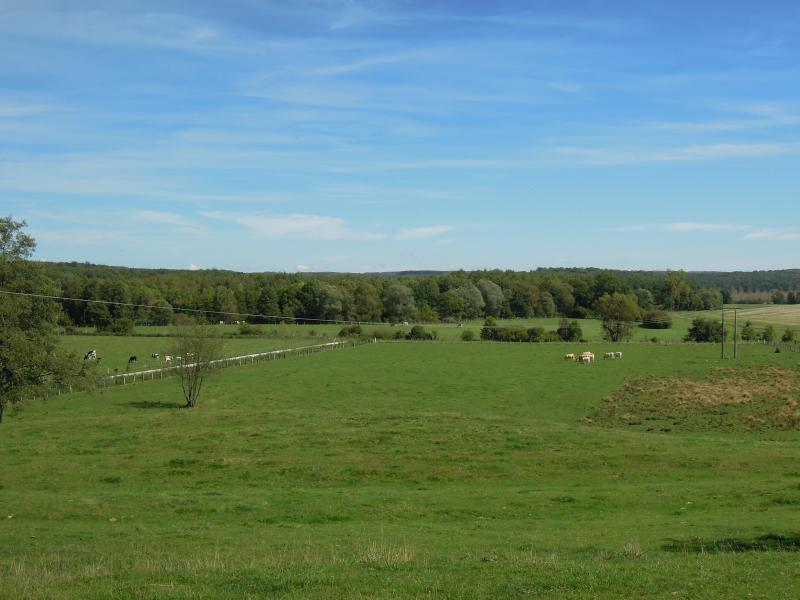 The valley of the river Aisne: view on Villers surrounding farmland and forrests