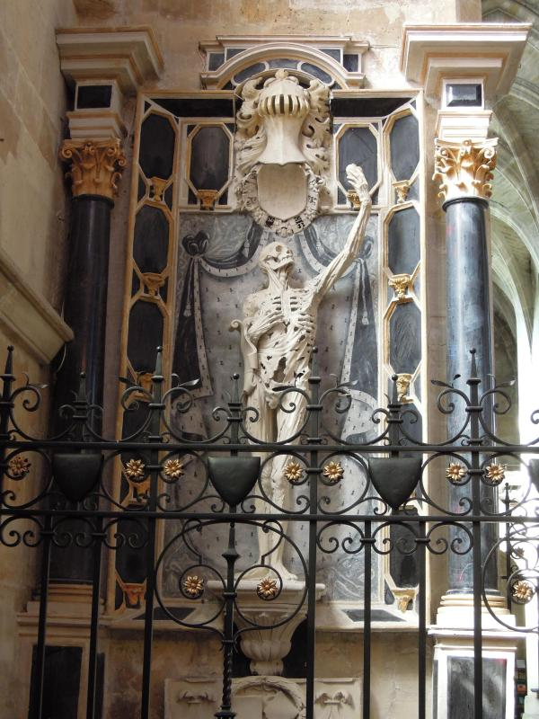 Bar le Duc:stunning monument of the Prince of Orange by Ligier, symbolising triumph of resurrection