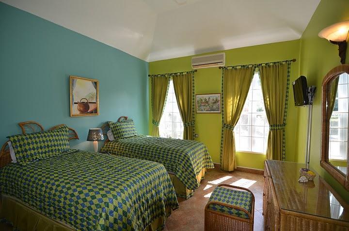 Nuez moscada - 2 camas individuales