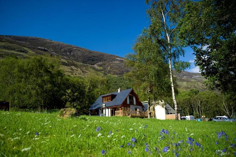 Lochleven Seafood Cottage, holiday rental in Ballachulish