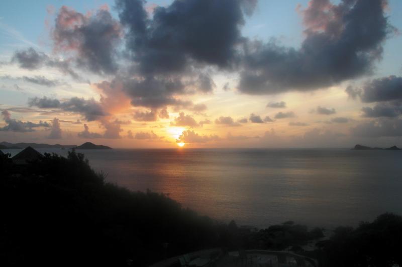 Expect to fall in love, again. Sundowner Villa, affordable beachfront luxury, Virgin Gorda, BVIs.