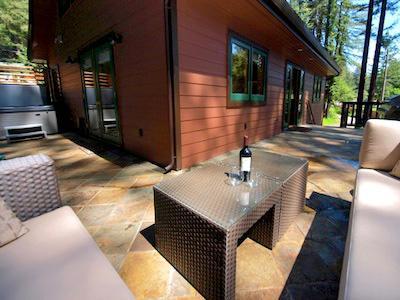 Fairway Woods, wrap-around deck, dog friendly rental