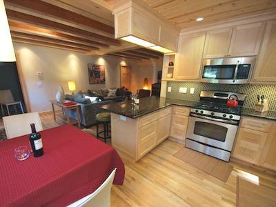 Fairway Woods, kitchen and dining, getaway in Monte Rio