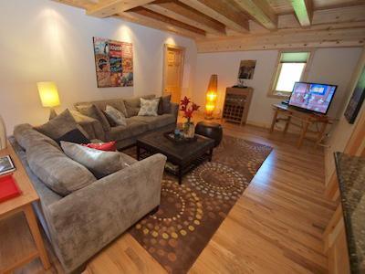 Fairway Woods,  Flatscreen TV, Beautiful Remodeled Home