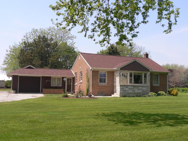 Lake Orchard Cottage
