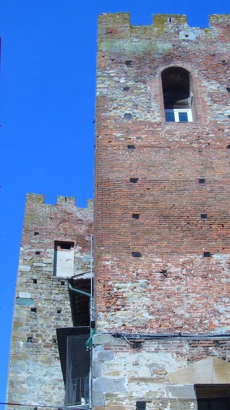 Twin Towers in Vicopisano