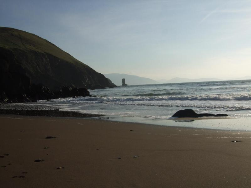 Gorgeous Sandy Beach. 2 minute stroll down lovely quiet country lane