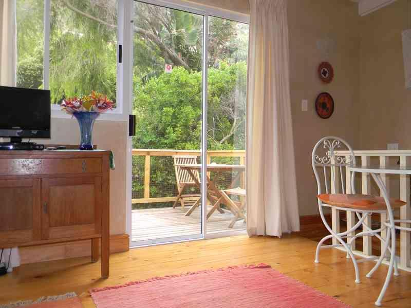 Dining nook with view to balcony