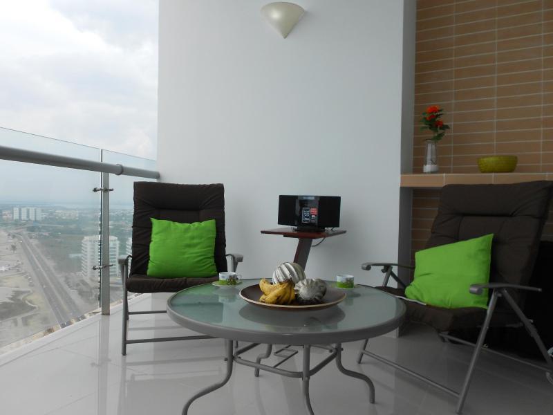 Balkon met uitzicht op de zee en Cartagena Noord