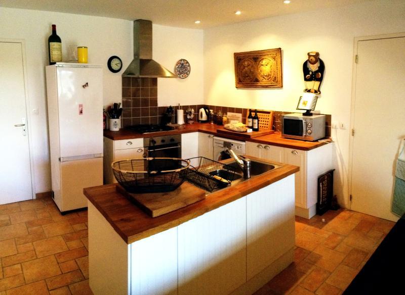 Vine Cottage - Kitchen
