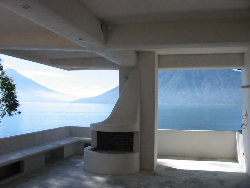 Organic Architecture- Lake Front- Family Couples, vakantiewoning in Guatemala