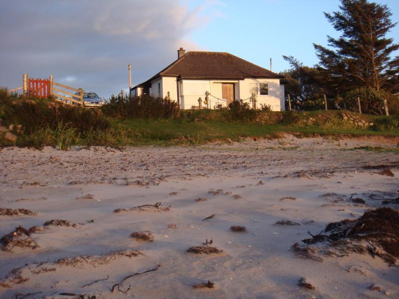 Onze cottage en strand