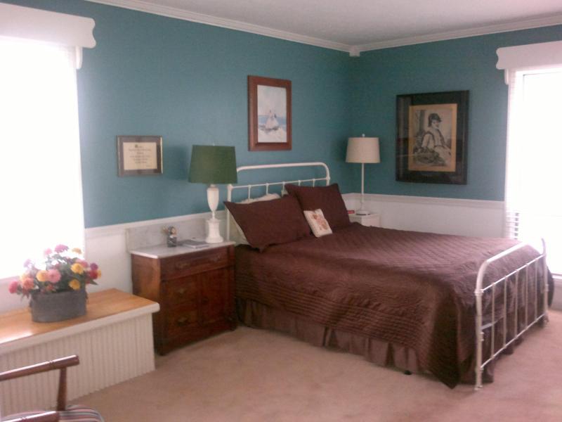 Queen-Size-Apartment Schlafzimmer / $ 250 / Nacht