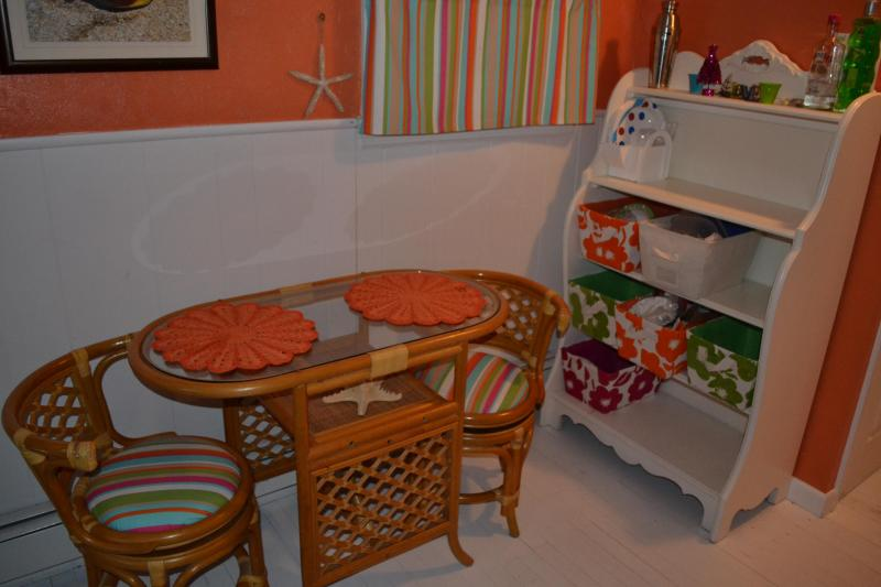 Bistro table and chair