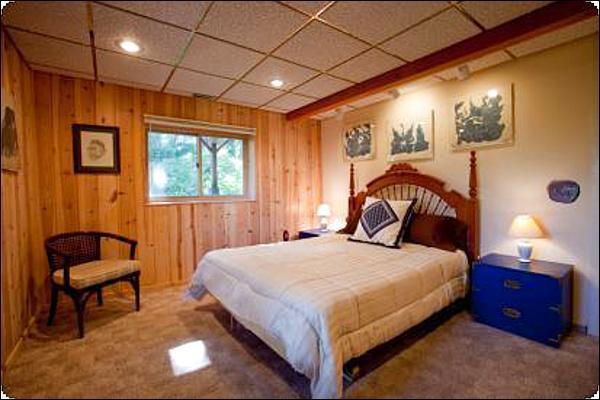 Queen Bed in the Master Bedroom