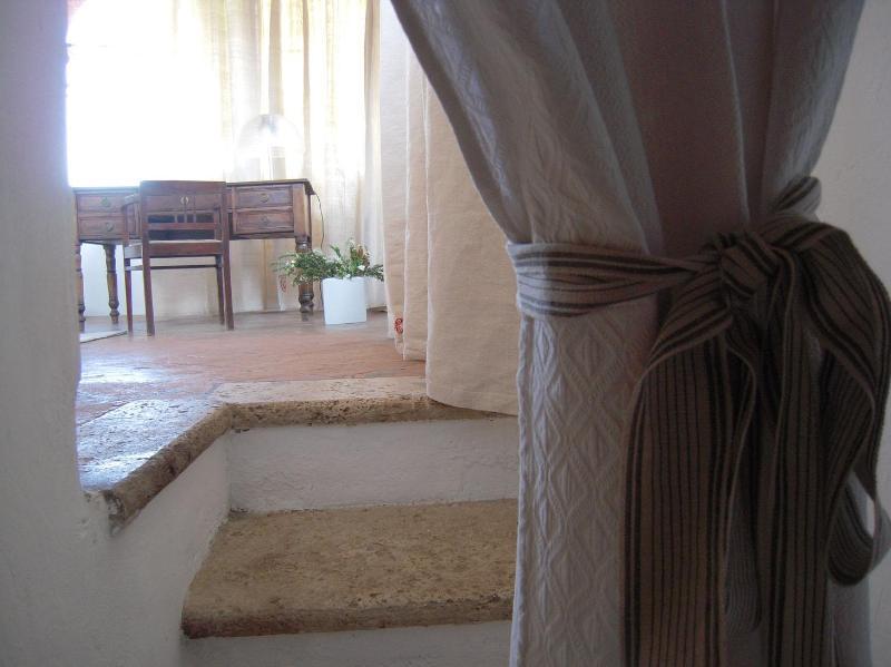 Villa Caprera. Casa Borgianni. Entrance to the Corn Bedroom