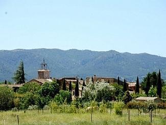 La Grande Bergerie, small hamlet near Lourmarin, holiday rental in Lourmarin